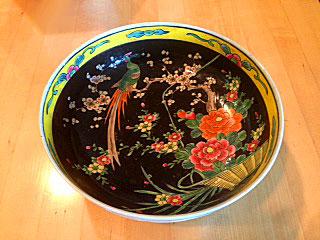 empty-black-bowlsmall